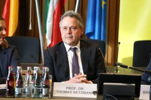 Prof. Dr. Thomas Retzmann